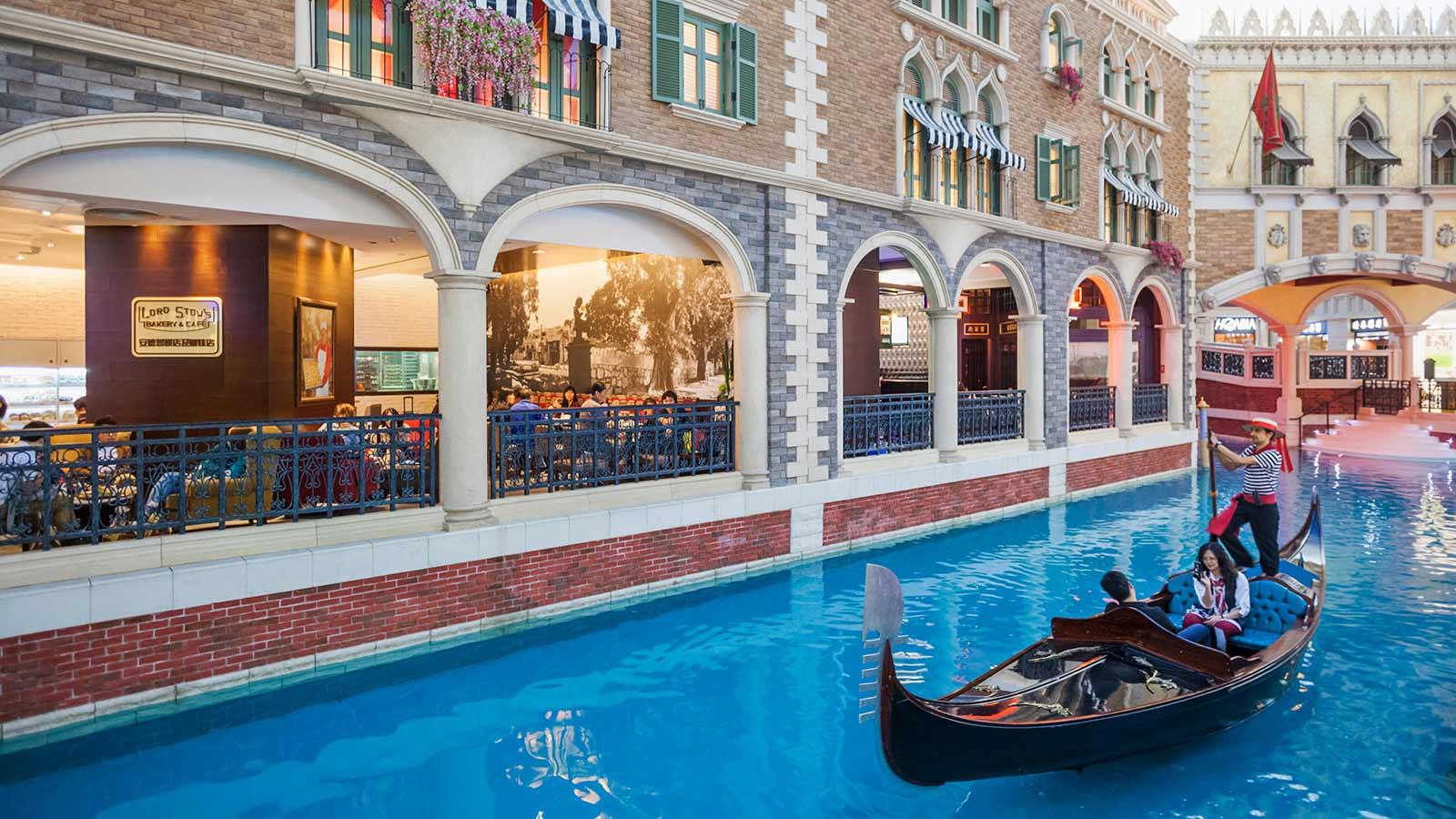 The Venetian Hotel And Resort Macau Step Aside Las Vegas